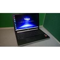 HP 15-db0032na AMD Ryzen 3 Laptop 8GB 250 SSD Radeon Vega 3 Graphics 1920 x 1080 FHD Screen