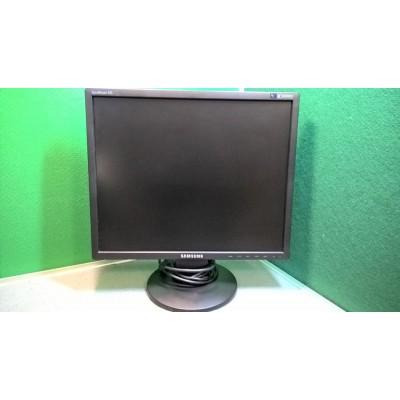 "Samsung Syncmaster 943N Grade A 19"" Square 5 x 4 Black LCD Monitor with VGA"